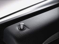 Дверная кнопка AMG для Mercedes CLA class X117