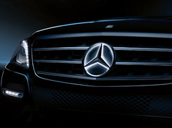 Звезда Mercedes с освещением для Mercedes CLA class C117